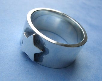 Silver Star Band Ring - Sterling Silver Star Band Ring