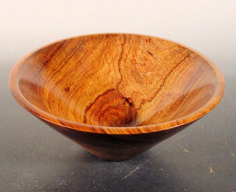 Ciotola di legno Tambootie africano esotico girato ciotola di  d9169701a09