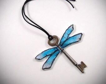 Dragonfly Suncatcher Key Fused Glass Ornament Hanging Garden Decoration Yard Whimsical Art