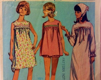 Vintage 60's  Sewing Pattern Simplicity 6757 Teens' Nightgown or Pajamas Bust 34 Complete