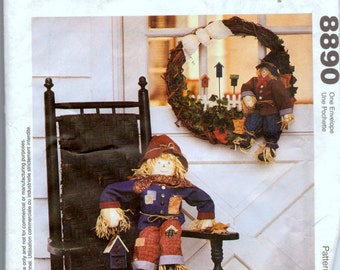 Scarecrow and ScareCrow Wreath Sewing Pattern McCall's 8890 Porch Scarecrow  Uncut Complete