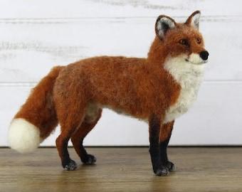FABIAN the FOX Needle Felting Kit, Needle Felted Fox, Complete Felting Kit, Animal Needle Felting Kit, Needle Felting Supplies