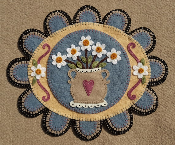 """Wool Embroidery Kit Wool Felt Candle Mat Penny Rug Kit /""""DRAGONFLIES/"""" Applique"""