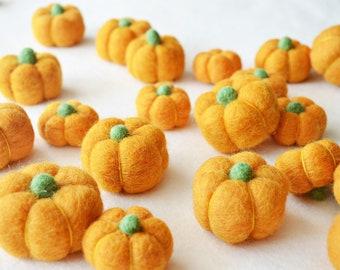 Set Pumpkin Felt Balls, Limited Sets of 2 Fall Mini Pumpkins, Choose Your Size 3cm or 4cm,  Fall Felt Balls, Felt Pom, Pumpkins Garland