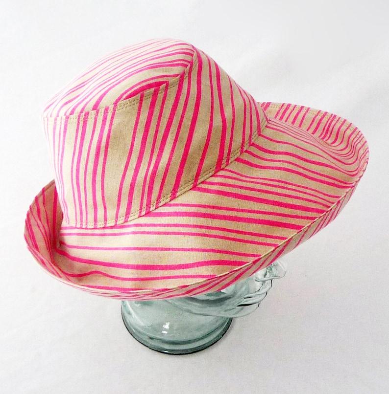 558b5accc2eb0 Women s Sunhat Summer Hat Beach Hat Striped Hat Wide