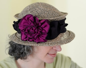 Straw Travel Hat - Seagrass - Organic Jersey Band - Lavinia - Black and pink