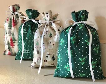 4 Christmas gift bags Reusable Eco-Friendly Cotton Fabric 5 1/2 x 8 1/2 trees snowflakes snowmen snowman holly