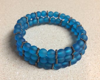 Blue glass memory wire bracelet silver accent beads