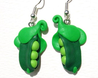 Dangly peapod earrings