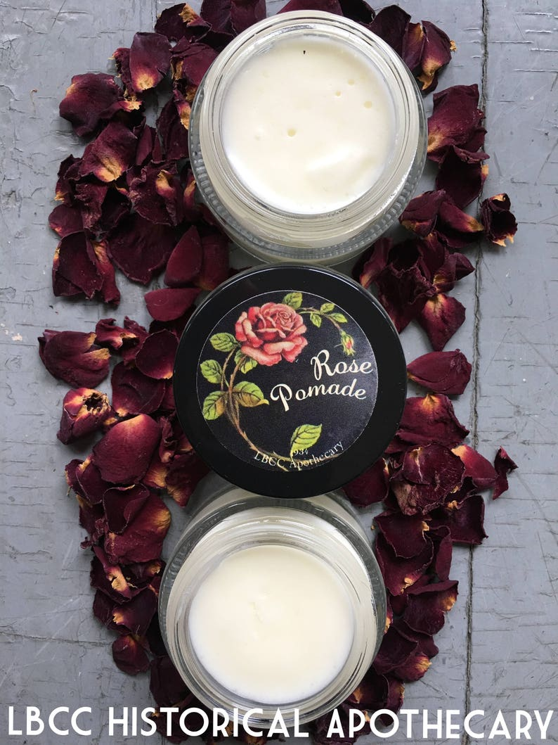 How to do Vintage Style Makeup : 1920s, 1930s, 1940s, 1950s 1930s Rose Pomade Shine Pomade Vintage Hairstyle Vintage Curl Set Shiny Hair 1934 Soft Hair Leave In Conditioner Soft Curls $10.00 AT vintagedancer.com