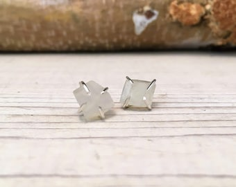 MOONSTONE Raw Rough JUNE Birthstone Earrings, Simple and Elegant, Gift for Teenager, Gift for BFF, Gift for girlfriend, Raw Stone Earrings