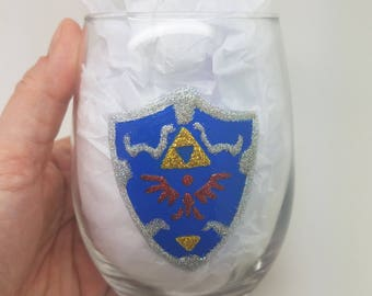 Legend of Zelda Hyrule Shield Link Hand Painted Sparkle Glitter Wine Beer Glass