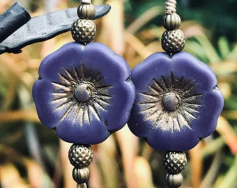 Purple Violets For My Ears