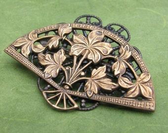 Brass Filigree Fan Brooch with Flowers