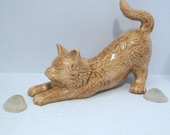Handmade Ceramic Cat Figurine / Cat in Stretched Position / Brown Cat Statue / Ceramic Kitty Figurine / Kitty Statue / Cat Decor / Cat Gift