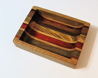 Dresser Valet Made of Five Woods