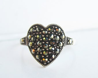 Sterling Silver and Marcasites Heart Ring - Size 6 1/2     2837J