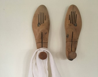 Vintage Wood Shoe Forms, Pair of Wood Shoe Lasts, Vintage Shoe Stretchers , Great as Wooden Hooks
