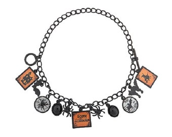 Spooky Spider Bracelet by Homestead Crafter