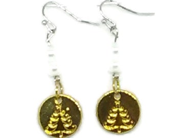 Gold Stamped Christmas Tree Charm with White Glass Pearl Beaded Earrings