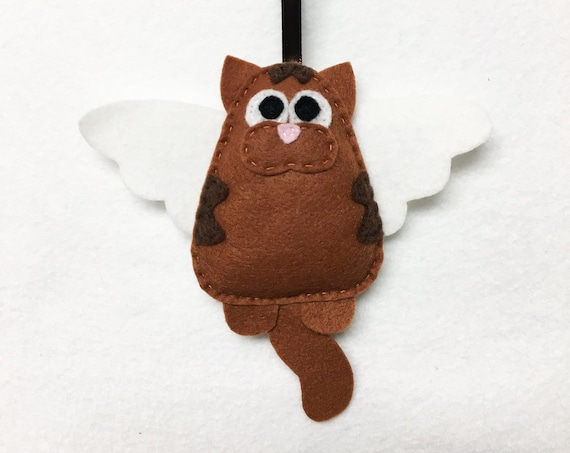 Angel Cat Ornament, Christmas Ornament, Tabby Ornaments, Lennon the Cat with Angel Wings