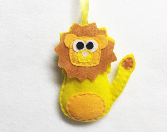 Lion Ornament, Felt Ornament, Lambert the Yellow Lion, Christmas Decoration, Gifts under 15, Plush Lion, Zoo Animal