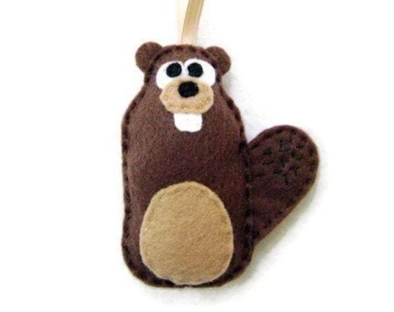 Beaver Ornament, Christmas Ornament,Alastair the Beaver - Made to Order