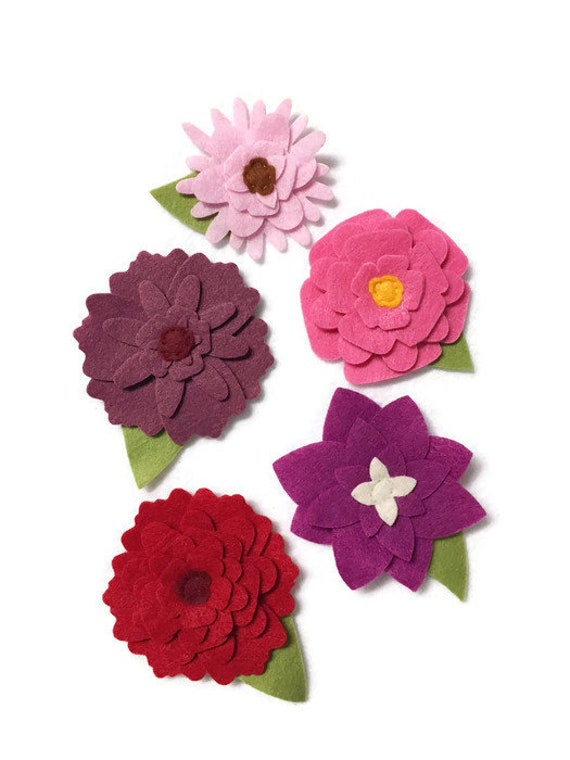 Felt Flower Decoration, Loose Flowers for Crafting and Home Decor, Shades of Pink Spring and Summer Blooms,