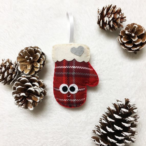 Mitten Ornament, Christmas Ornament, Mitten Holiday Ornament, Mary the Mitten