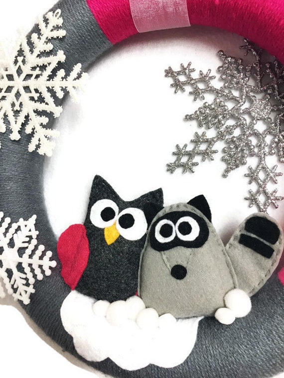 Christmas Wreath, Owl and Raccoon, Winter Decoration, Housewarming and Front Door Decoration, Woodland Decor, Pink and Gray