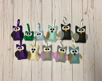Owl Ornament Lot 2 - Closeout Pricing