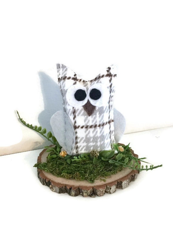 Owl Rustic Center Piece or Cake Topper - Wedding, Home Decoration, Snowy Owl