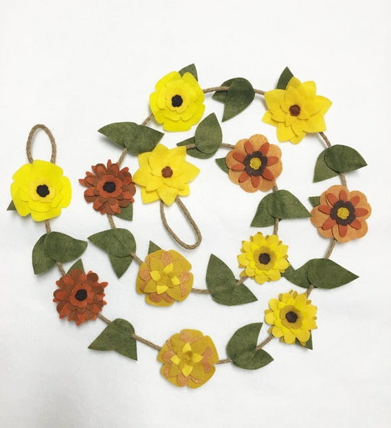 Flower Garland, Yellow Flowers, Felt Flower Garland, Posable Twine, Room Decoration, Wedding, Party Decoration, Spring and Summer