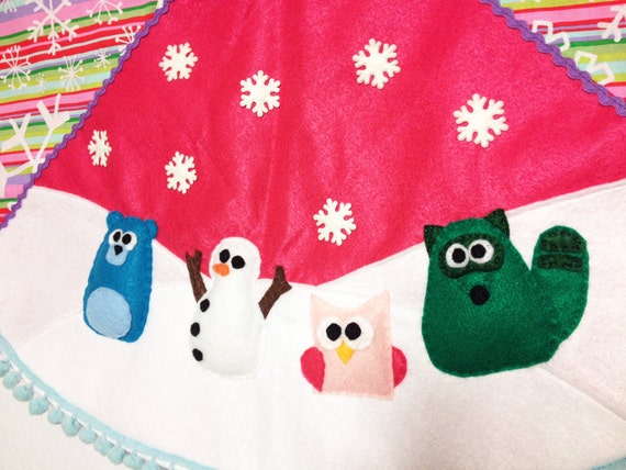Christmas Tree Skirt, Christmas Decoration, Tree Skirt, Woodland, Felt animals, Animals, Bear, Snowman, Rainbow Stripes