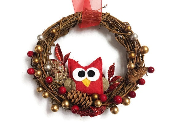 Owl Wreath, Winter Christmas Grapevine Wreath,  Small Door hanger, Hostess Gift, Housewarming, Farmhouse Rustic Decoration