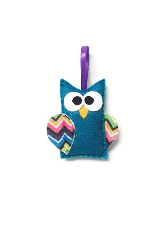 Owl Ornament, Christmas Decoration - Roz the Owl