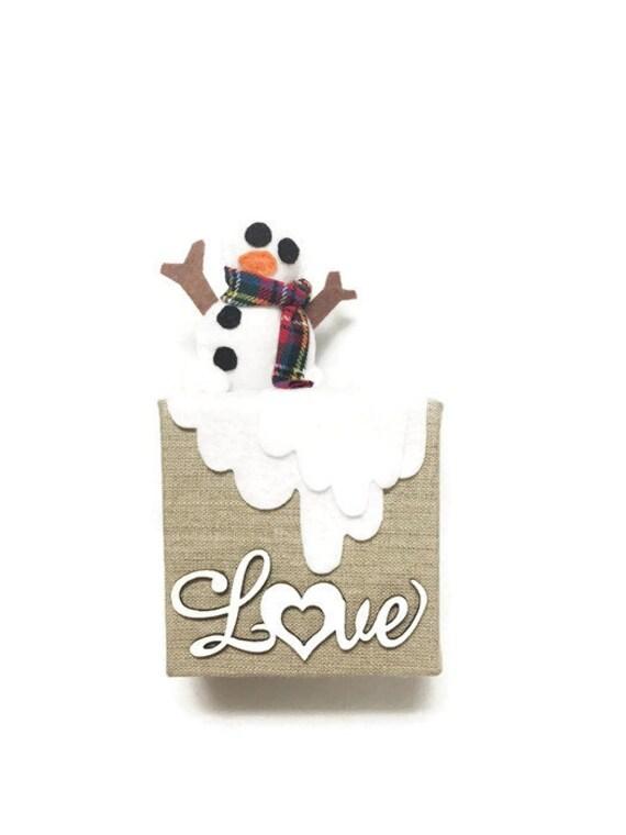 Snowman Christmas Wall Art Decoration - Canvas Wall art, Ornament, Burlap Love, Home Decoration, Wall Hanging Winter