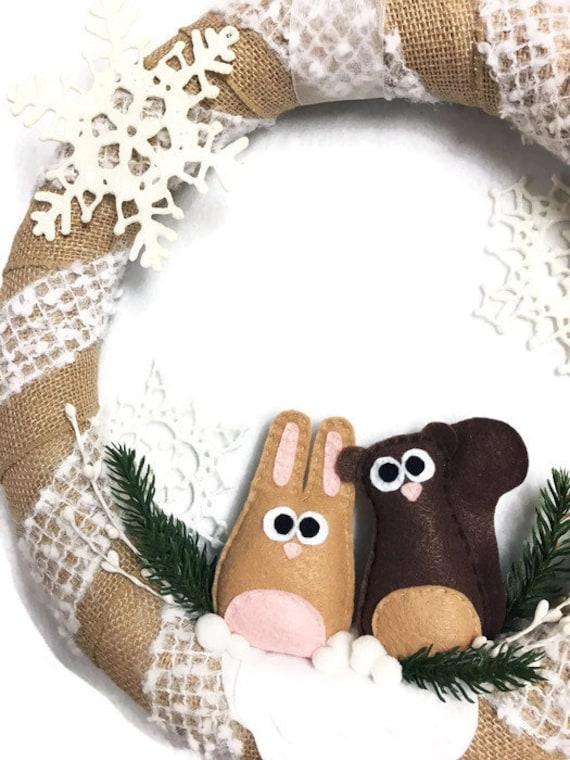 Christmas Burlap Wreath, Rabbit and Squirrel Wreath, Winter Wreath, Snowy Neutrals, Woodland Decor, Farmhouse Decoration. Door Hanger