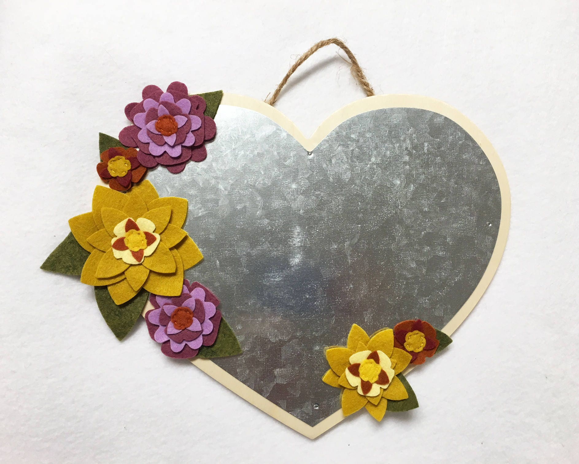 Flower Magnetic Heart Metal Plaque Floral Wall Decor Wall