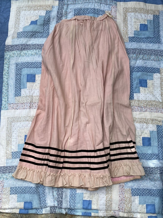 Victorian / Edwardian pink wool skirt