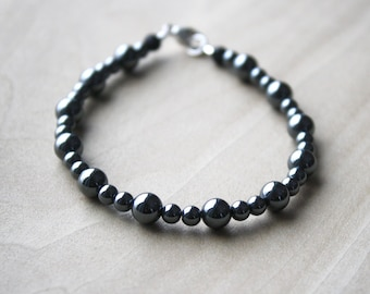 Hematite and Lava Stone Bracelet for Anxiety Relief and Essential Oil Diffusion