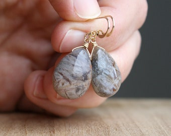 Natural Agate Earrings in 14k Gold Fill for Stability and Balance