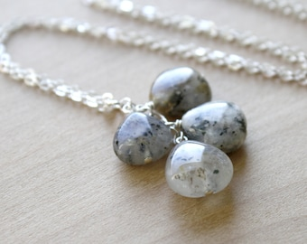Natural Quartz Necklace for Healing Energy and Good Luck