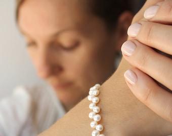 White Freshwater Pearl Bracelet . June Birthstone Jewelry