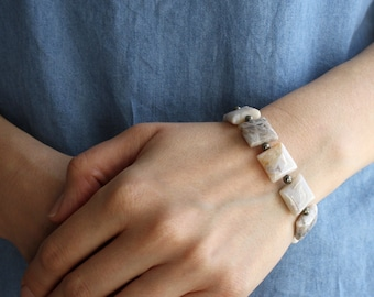White Agate Bracelet . Crystals for Stress Relief Jewelry