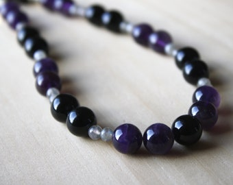 Amethyst and Onyx Necklace Silver . Protection Necklace for Women . Labradorite and Amethyst Necklace Beaded NEW