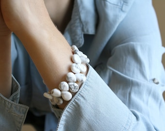White Howlite Bracelet for Anxiety Relief and Self Expression NEW