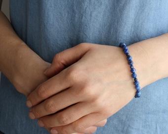 Lapis Lazuli Bracelet for Solid Judgement
