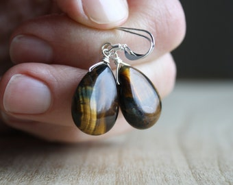 Tiger Eye Earrings for Practical Thinking and Resolving Conflict