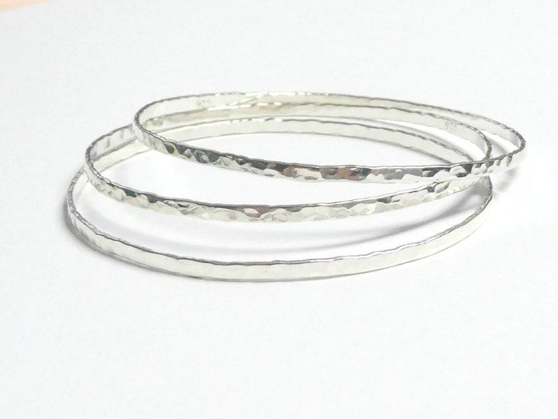 2 mm thin silver bangles /hammered bangle/bracelet set image 0